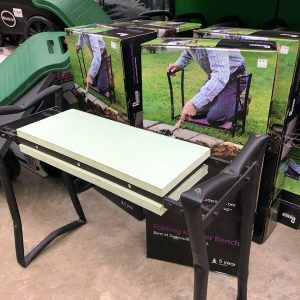 gifts-for-gardeners-2019-folding-bench
