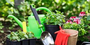 gardening accessories Minter Country Garden